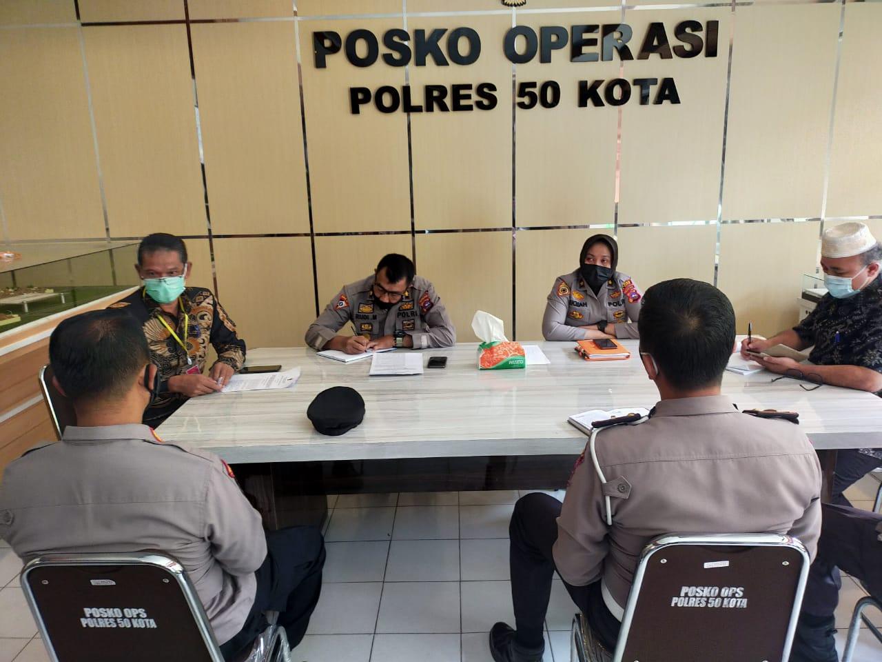 Rapat Koordinasi Bersama Jajaran Polres Kab. Lima Puluh Kota Terkait Kerjasama Pendistribusian Bantuan Pangan Bagi Masyarakat Yang Isolasi Mandiri Terdampak Covid-19